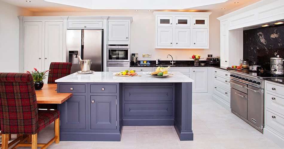 Edwardian bespoke shaker kitchen by Broadway