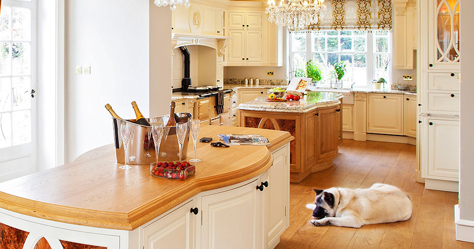 bespoke-traditional-kitchen-01-950