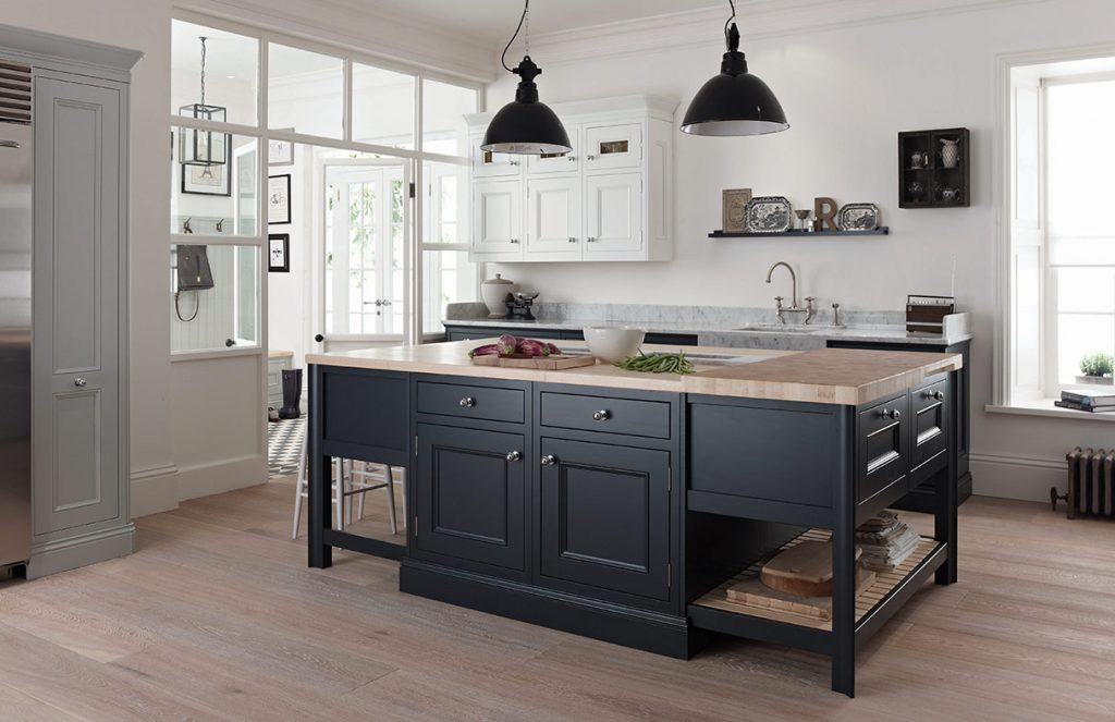 Free Standing Kitchens Handmade Bespoke Kitchens By Broadway London And Essex
