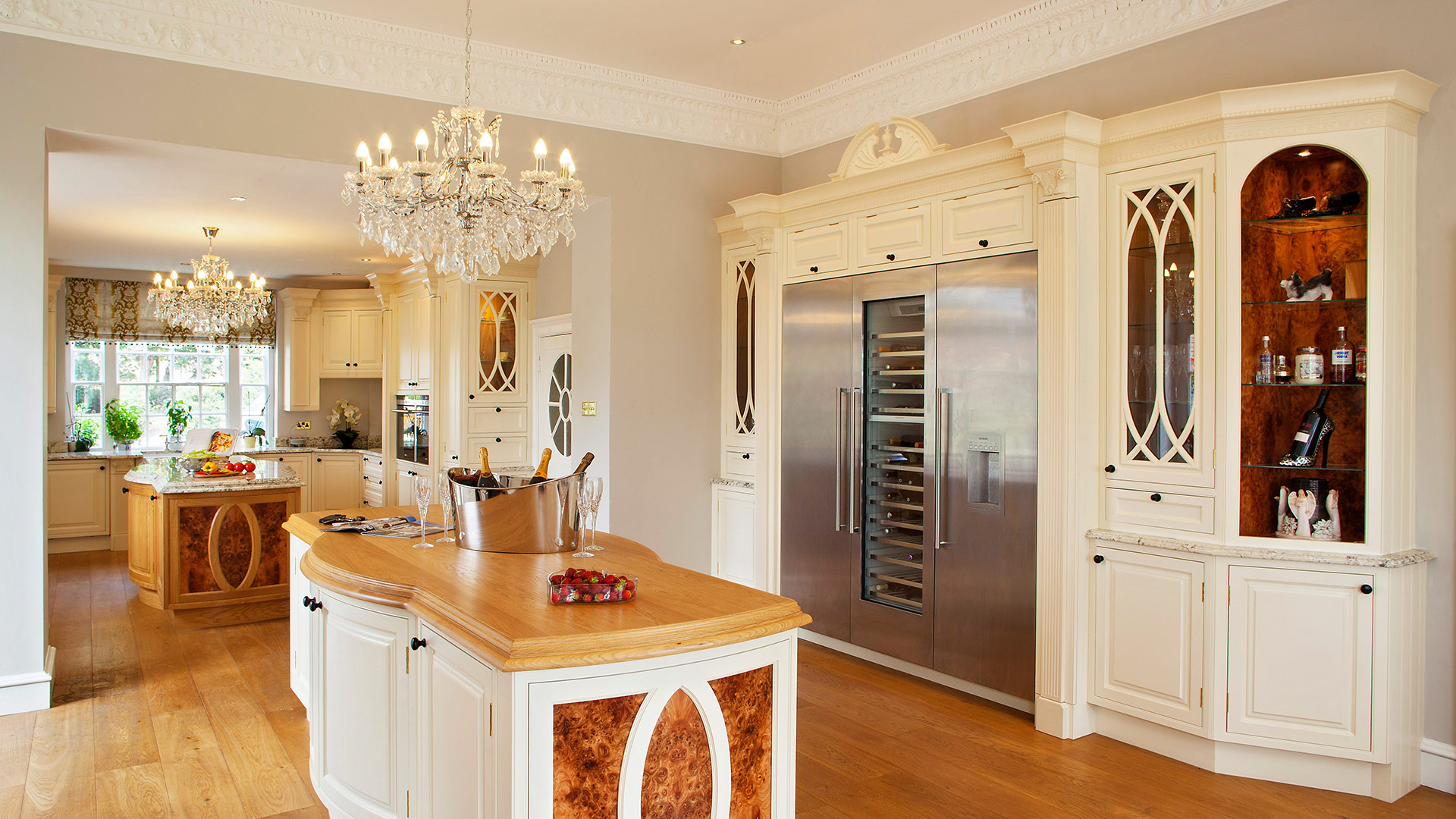 knightsbridge bespoke kitchen by Broadway