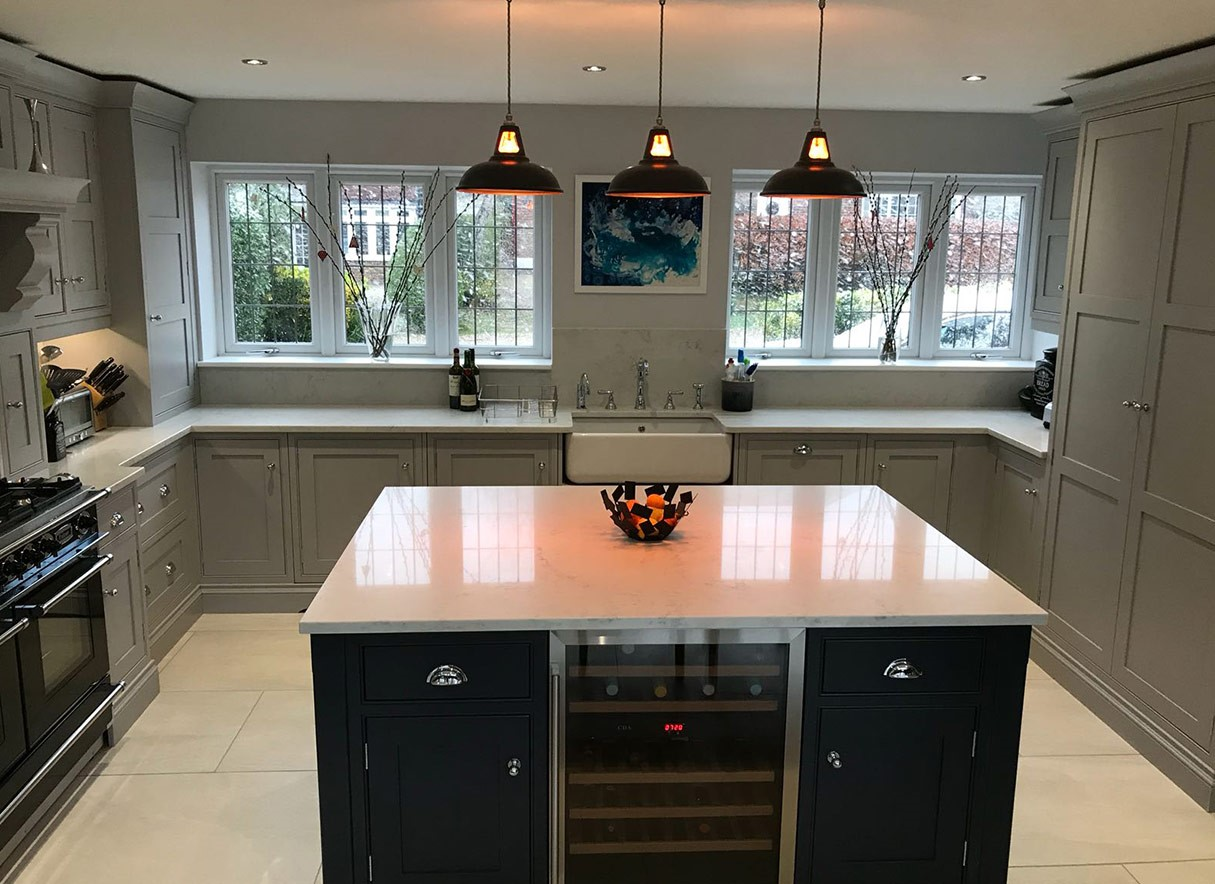 Hand-crafted in-frame luxury shaker kitchen