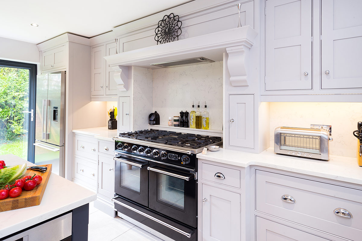 Broadway-inframe-designer-shaker-kitchen-h800px-01